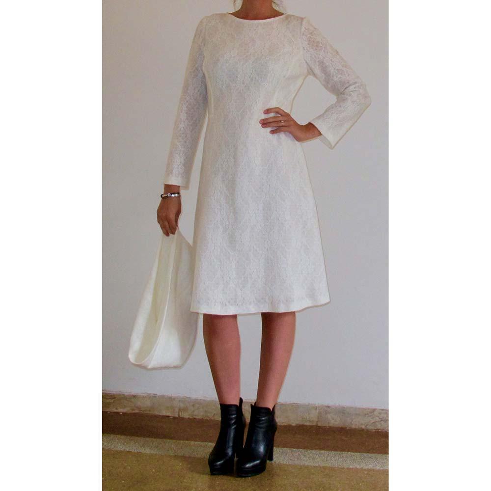 finest selection e03c1 1c89f Art. 4674 - Abito in pizzo di lana bianco — Giovanna Creazioni