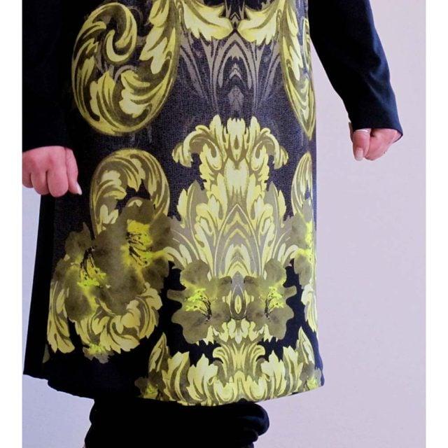 Abito in jersey di lana con stampa gialla