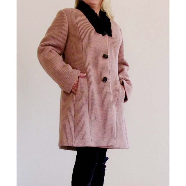 Cappottino 7/8 in maglia di lana rosa antico