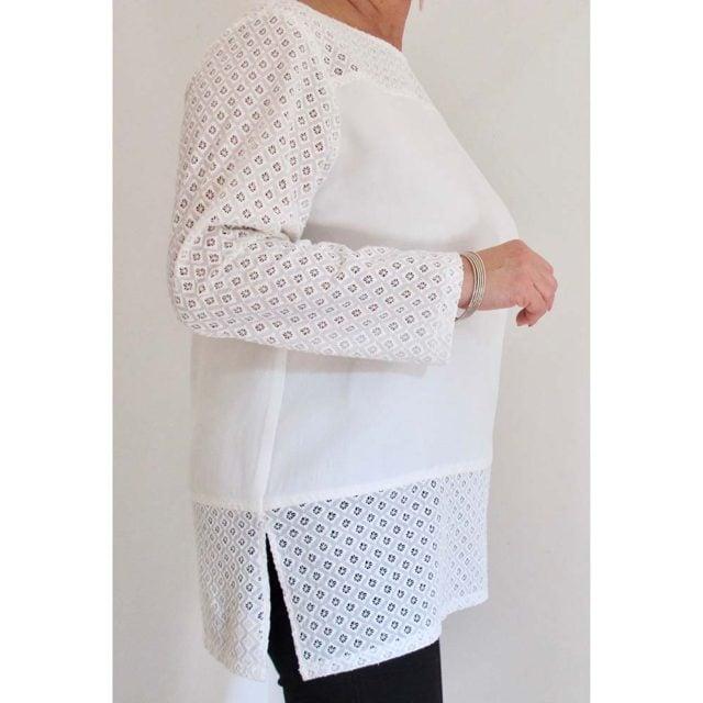 Art. 6871 - Camicia con inserti in sangallo